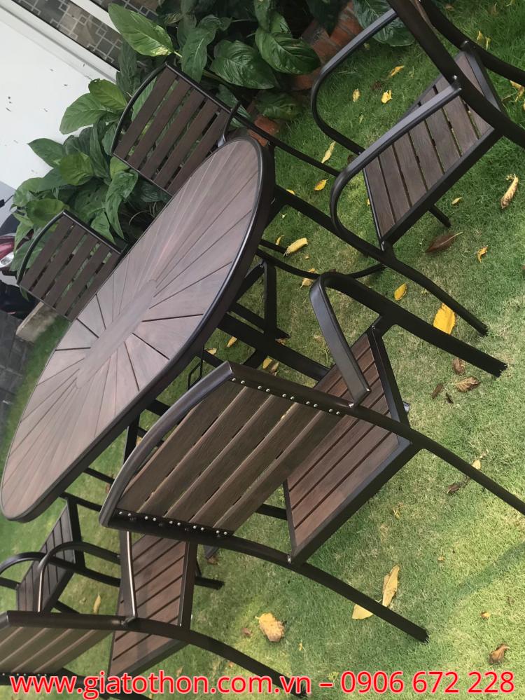 bàn ghế gỗ ngoài trời hà nội
