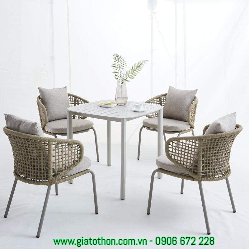 ghế ăn sân vườn